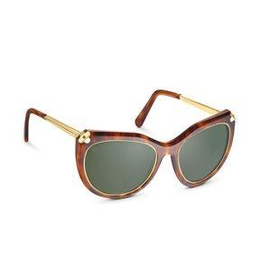 193ff34ce202 Women s Louis Vuitton Sunglasses Price on Poshmark